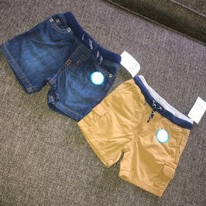 2 Pairs- Carter's Drawstring Shorts Size 9 Months